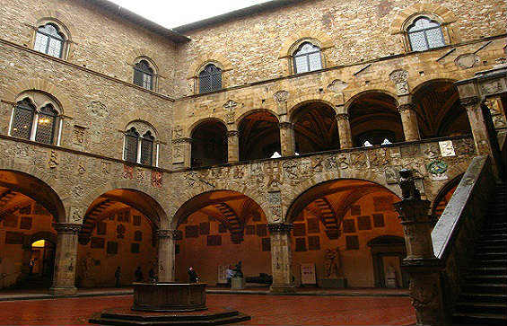 Bargello Museum Tour in Florence